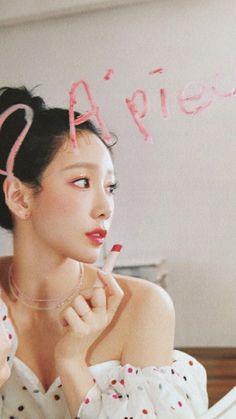 Sooyoung, Yoona, Snsd, Girls' Generation Taeyeon, Girls Generation, Taeyeon Wallpapers, Cool Girl, My Girl, Taeyeon Fashion
