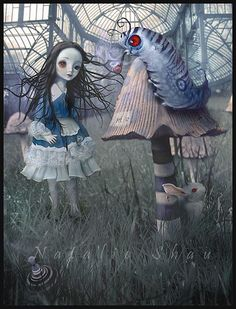 Alice in Wonderland, creepy realistic :S