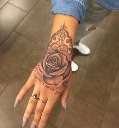 "d5a6688752043 Nikki Ouimette on Instagram: ""Rose and henna line work done by moiiiiii☺ # tattoo #rose #henna #linework"""