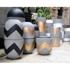 Our very first delivery of lightweight concrete pots have arrived. They are all amazing! Available in a range of sizes &… Cement Art, Cement Planters, Concrete Pots, Concrete Crafts, Concrete Projects, Concrete Design, Painted Flower Pots, Painted Pots, Flower Pot Design