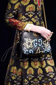 Gucci at Milan Fashion Week Fall 2016 - Details Runway Photos