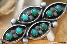 Vintage 1960 Southwestern Zuni Style Sterling Silver Snake Eye Turquoise Ring