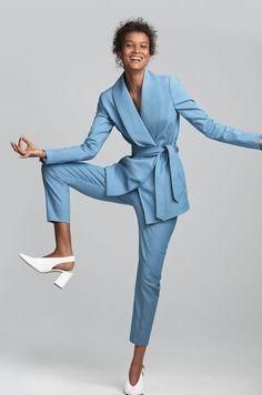 Luxury & Vintage Madrid, vous propose la meilleure sélection de vêtements contemporains et vintage du monde, découvrez nos marques de luxe. Livraison Express !!!