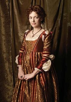 """The Look: Italian Renaissance - Joanne Whalley as Vanozza dei Cattanei in """"The Borgias"""" (Looks like a previous dress with different sleeves, something I did appreciate about this wardrobe mistress) Italian Renaissance Dress, Mode Renaissance, Costume Renaissance, Renaissance Clothing, Renaissance Fashion, Medieval Dress, Les Borgias, Style Couture, Haute Couture Fashion"""