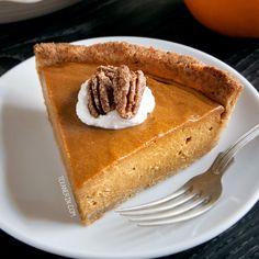 This paleo vegan pumpkin pie has a richer and creamier pumpkin filling that your traditional pumpkin pie! A great gluten-free dessert for Thanksgiving.