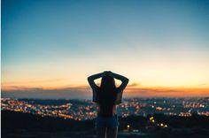 """""""Preciso de inspirações novas para minha alma. Alguém que não jogue na minha cara quais são as prioridades da vida e nunca me incluem nela."""""""