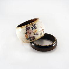 Vintage flower bracelets set rustic wooden by Alenahandmade, $22.50