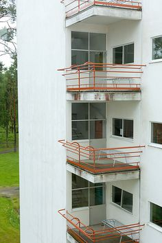 Alvar Aalto/paimio - sanatorium 9   by Doctor Casino Alvar Aalto, Le Corbusier, Helsinki, Robert Mallet Stevens, Walter Gropius, Eero Saarinen, Building Art, Frank Lloyd Wright, Dieselpunk