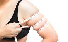 Po tukových vankúšikoch na bruchu sú ruky druhým miestom na tele, odkiaľ ide tuk preč len veľmi ťažko. Pripravili sme pre vás preto niekoľko skvelých tipov, ako sa aj týchto tukových zásob úspešne zbavíte.