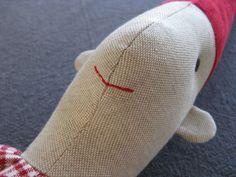 Zelf maken: Knuffel Kerstelf! [werkbeschrijving, patroon + foto's] - Christmaholic.nl