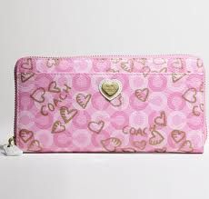Coach Pink Wallet..... Goddd really pretty..... But expensive...