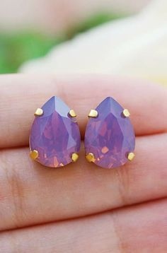 Cyclamen Opal Estate style Ear studs from EarringsNation in Pantone's Radiant Orchid #coloroftheyear2014 #pantone #radiantorchid