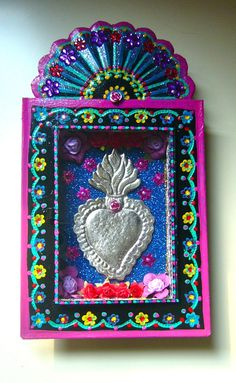 love the rustic/folk art painted feel................................... Large sacred heart Mexican tin nicho