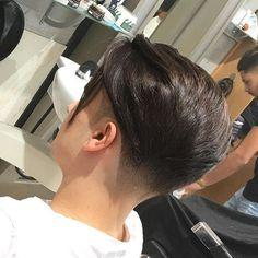 Undercut Long Hair, Undercut Hairstyles, Boy Hairstyles, Undercut Pompadour, Hair And Beard Styles, Curly Hair Styles, Disconnected Haircut, Beckham Hair, Men Hair Color