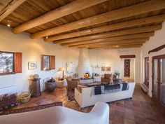 207 Double Arrow Road North, Santa Fe, NM 87505 (MLS # 201501889) | Santa Fe Luxury Homes