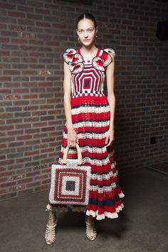 Ideas knitting fashion art knitwear Ideas knitting fashion art knitwear Record of Knitting String spinning, weaving and stitching car. Crochet Dress Outfits, Crochet Clothes, Diy Clothes, Knit Dress, Moda Crochet, Knit Crochet, Knit Fashion, Fashion Art, Knitwear Fashion