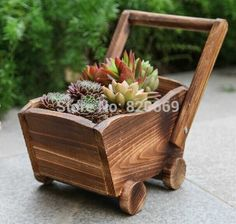 Amazing Ideas of Wooden Mini Garden Planters That You Will Love Wooden Planters, Outdoor Planters, Wooden Garden, Flower Planters, Flower Pots, Wheelbarrow Planter, Planter Boxes, Wooden Cart, Small Wood Projects