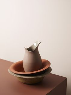 Pour Pitcher and Basin by günzler.polmar