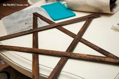 Yard Stick Star. So simple and quick and yet it will make a huge statement in your room!
