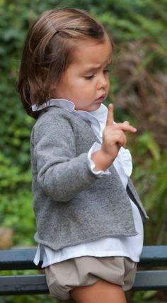 Camisa-blanca-culotte-y-chaqueta-de-Maria-Gorda.jpg 484×877 píxeles
