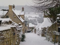 Painswick, Gloucestershire, The Cotswolds, England. Winter Szenen, Winter Magic, Beau Site, Photos Voyages, Snow Scenes, English Countryside, Romantic Vacations, Places To Go, Beautiful Places