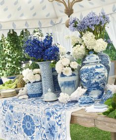 The Blue and White Club meeting is on! - The Enchanted Home Blue White Kitchens, Table Centerpieces, Table Decorations, Enchanted Home, White Dishes, Blue And White China, Dinner Sets, Tablescapes, Floral Arrangements