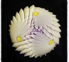 煉切工芸「鋏み菊」