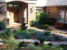 tuscan style frontyard ideas | Lush Landscaping Ideas for Your Front Yard : Page 11 : Outdoors : Home ...