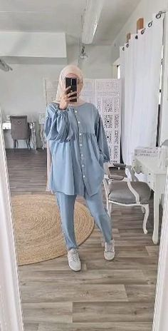 Hijab Fashion Summer, Modest Fashion Hijab, Modern Hijab Fashion, Modesty Fashion, Hijab Fashion Inspiration, Muslim Fashion, Mode Inspiration, Street Hijab Fashion, Girls Fashion Clothes