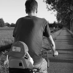 Haarzuilens - Riding down the bike path