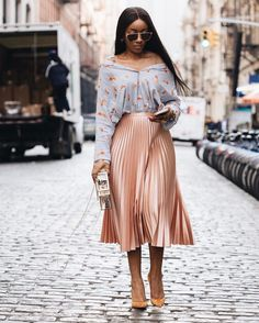 """3,228 Likes, 50 Comments - Shaniqua J. (@simplicityxstyle) on Instagram: """"Blushing into spring ... and just about every other season . The color is not just for the cheeks…"""""""