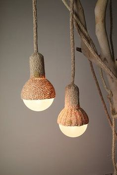 Suspensions Luna Lana en Laine Tricotée par Stephanie NG Design/could we do this with yarn? Home Lighting, Lighting Design, Pendant Lamp, Pendant Lighting, Lamp Light, Light Up, Lamp Shades, Light Shades, Lamp Design