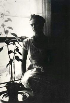"""""""I am my own muse. I am the subject I know best. The subject I want to know better.""""  Frida Kahlo"""