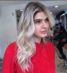 #Linda  Mechas com #Olaplex  Hair Stylist Flavia Menicucci Jacques Janine Belo Horizonte  #blonde #platinum #mechas #highlights #blondehair #cabelosloiros #Jacquesjanienbh #Beleza #Beauté #Beauty #Cabelos #SalãodeBeleza #SalãodeCabeleireiro #Makeup #Maquiagem #Hair #Estética #DiadaNoiva #Nails