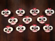 Owl cupcakes candy corn idea--use chocolate candy corn Owl Cupcakes, Cupcake Cakes, Owl Birthday Parties, 4th Birthday, Birthday Ideas, Bird Cakes, Easy Cake Decorating, Beautiful Cakes, Party Time