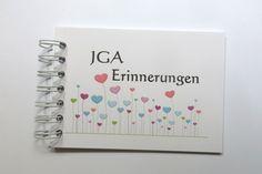 Erinnerungsbuch für die Braut zum JGA - und passend zum Design gibts JGA Buttons (die JGA Shirts sind ja nicht für jeden Geschmack... - Buttons sind eine preiswerte und geschmackvolle Alternative) vom selben Shop!