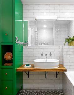 МЕТРАЖ: 85 м2  ДИЗАЙН: BURO VNUTRI Vanity, Bathroom, Flat, Painted Makeup Vanity, Washroom, Lowboy, Dressing Tables, Bath Room, Bathrooms
