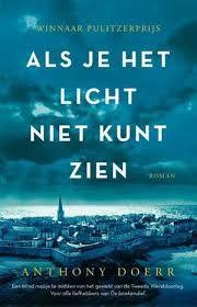 Twee parallel lopende verhalen, over blind meisje en over Duitse soldaat in oorlogstijd, indringend beschreven.