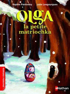 Olga est la plus petite des matriochkas Olga ne s'ouvre pas et elle en est malheureuse. Un matin, Olga s'en va. Elle s'endort puis se réveille devant le magasin de Sacha qui lui apprend qu'elle est la poupée préférée des enfants. Enfin le grand tilleul lui confie que si la petite poupée n'est pas creuse, c'est parce qu'elle représente le cœur de l'arbre…