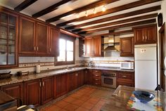 Vista de la cocina  lindos muebles para casa toda en madera