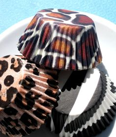 Animal Print cupcake liners - this etsy shop has some CUTE stuff!!