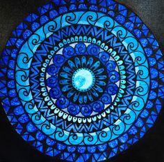 Ma Celtic Crosses, Pottery Painting, Black Paper, Mandala Design, Sacred Geometry, Tapestries, Zentangle, Drawing Ideas, Beach Mat