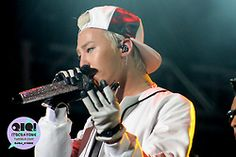 GD at F1 Night Race Singapore (cr on pic)#169