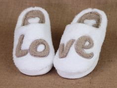 With a deep 'soul' of memory foam, our fluffy and cozy LOVE slippers are the perfect gift for anyone who LOVES walking on clouds. Game Of Love, New Love, Inspirational Message, Inspiring Messages, Kawaii, Walk On, Girly Girl, In This World, Memory Foam