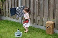 www.kommee.com | Buitenspelen | 'een kind kan de was doen ;-)