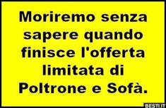 Non finiranno mai! Italian Memes, Dumb People, Funny Video Memes, Sarcasm Humor, Have A Laugh, I Smile, Funny Photos, Laugh Out Loud, Comedy