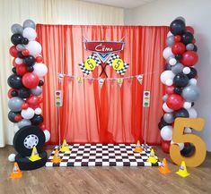 Cars Trucks Birthday Party, Hot Wheels Birthday, Car Themed Parties, Hot Wheels Party, Race Car Birthday, 5th Birthday Party Ideas, Kids Party Themes, Birthday Party Decorations, Disney Cars Party