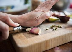24 Old-School Italian Recipes - PureWow Fresh Garlic, Roasted Garlic, Baked Garlic, Eating Raw Garlic, La Mastication, Garlic Extract, 13 Desserts, Honey, Health
