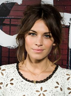hairstyle . Alexa Chung . hair . highlights . fashion