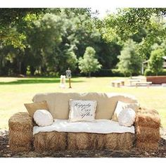 Florida Ranch Wedding The coolest lounge idea for a rustic wedding - hay bales made into a couch! {Vine & Light Photography}The coolest lounge idea for a rustic wedding - hay bales made into a couch! Rustic Outdoor, Outdoor Lounge, Wedding Tips, Summer Wedding, Wedding Hacks, Wedding Couples, Wedding Bonfire, Boho Wedding, Wedding Reception